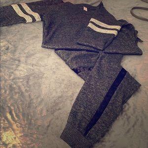 Other - Half sleeve sweatsuit